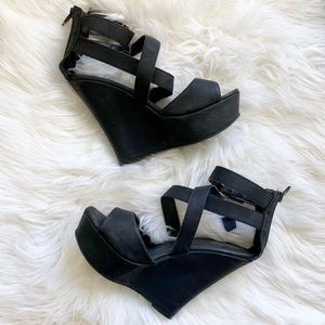 Mossimo Supply Co Strappy Faux Leather Wedges 6.5